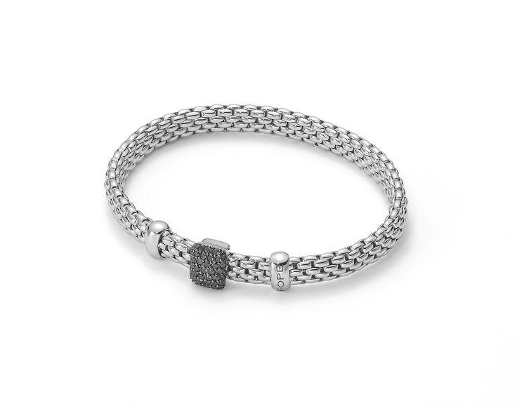 Flex'It Vendome. Gold bracelet with black diamonds