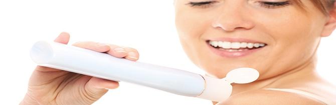 17  Usar aceite de bebé ayuda a lograr un bronceado espectacular ¿Mito o realidad? Descúbrelo en http://www.eluniversal.com/aniversario/103/