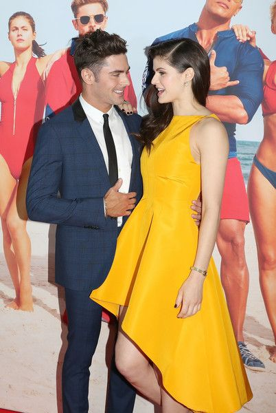 Zac Efron and Alexandra Daddario Photos Photos - Zac Efron and Alexandra Daddario arrive ahead of the Australian Premiere of Baywatch on May 18, 2017 in Sydney, Australia. - 'Baywatch' Australian Premiere - Arrivals