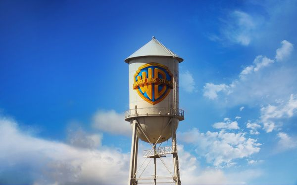 An Open Letter To Warner Bros CEO Kevin Tsujihara About Layoffs, Zack Snyder, and Donuts
