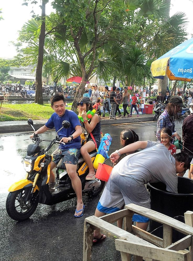 Ducking Water - - - - - Everyone having fun and ducking the water from all directions during Songkran. #thailand #travel #photography