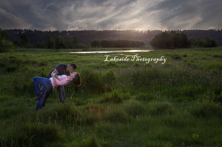 Last Kiss...I had the opportunity to take this couples family pictures right before the husband/Dad was deployed. It was A gorgeous evening. Family Photography https://www.facebook.com/pages/Lakeside-Photography/131249256979838