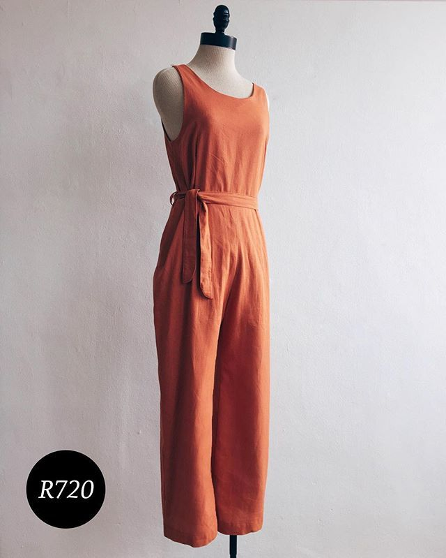 We're feeling peachy over at M&J with this jumpsuit from @margot_molyneux…