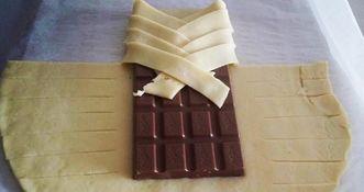 Шоколад — это любимое лакомство многих. Этот продукт с легкостью поднимет настроение и зарядит энергией. Если этот ингредиент добавить в десерт, тогда лакомство получится по-особенному вкусным и н…