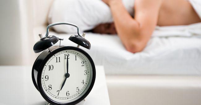 Diabete: alzarsi presto durante la settimana può aumentare il rischio