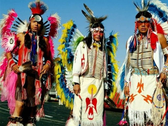 Navajo Indians - Shiprock, New Mexico - Photo: firstpeople.us