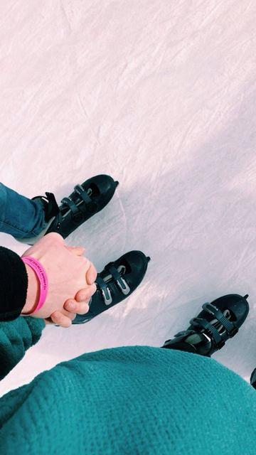 ice skating date!!