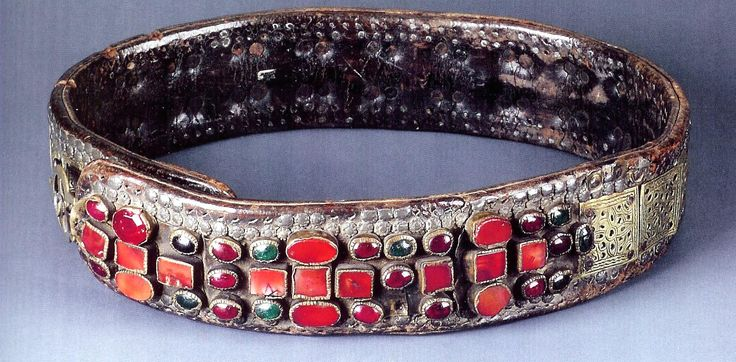 Woman's belt, leather carnelian and other agates, Macedonian (Bir collection )