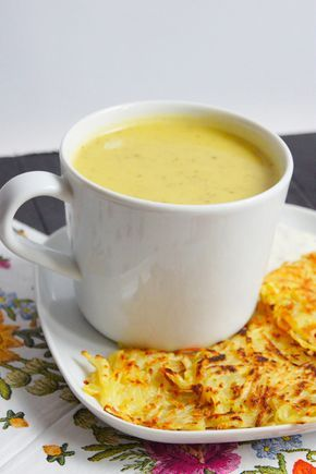 Ogórkowa zupa-krem z serkiem topionym (4 składniki)
