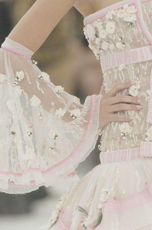 Chanel Haute Couture  ❥✿ڿڰۣ(̆̃̃ ❤❥✿ڿڰۣ(̆̃̃ ❤