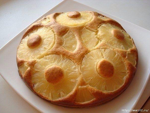 Пирог на сгущёнкеочень прост в приготовлении и очень вкусный . Вариации его могут быть любыми с фруктами. В этом рецепте используются ананасы. Итак, нам потребуется: 2 яйца, 2/3 банки сгущенки, 1,5 …