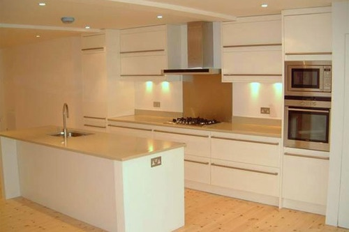 http://www.worktopfactory.co.uk/Materials/QuartzKitchenWorktops/tabid/2345/Default.aspx    Quartz is a remarkable product with many top qualities and conveniences. It is used well in houses, workplaces and industrial residential properties. When we talk about residences, other than their use on the floorings and wall surfaces, they can be utilized on the countertops. The designers are making use of these in several variations that show beauty and style.