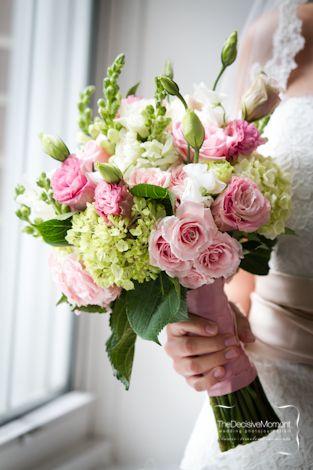 pink blush ranunculus hydrangeas