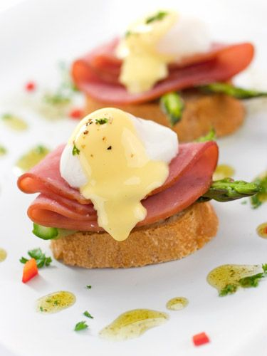 Try our #easy creamy Hollandaise sauce #recipe.
