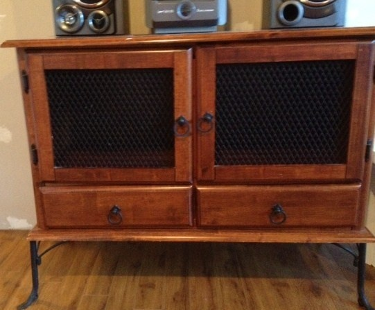 Kijiji buffet meuble 150 buy or cry pinterest for Meuble antique montreal