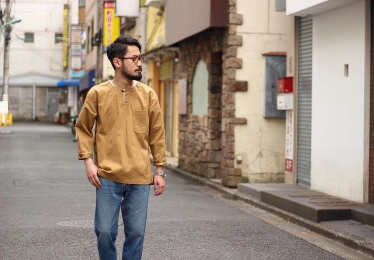 "154 Likes, 1 Comments - SmartClothingStore_Machida (@smartclothingstore_machida) on Instagram: ""New arrivals‼︎ ユニークなプルオーバーシャツの入荷です‼︎ DE-NA-LI Model: CHINO×CAMO PULLOVER SHIRT Color: BEIGE Size:…"""