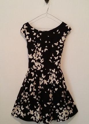 Kupuj mé předměty na #vinted http://www.vinted.cz/damske-obleceni/klasicke-saty/9695251-cerne-saty-s-motyly-closet