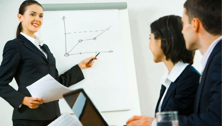 Cum sa faci o prima impresie buna, in timpul unei prezentari? Chiar daca este vorba de o simpla prezentare la scoala sau de o intalnire serioasa la serviciu, este foarte dificil sa stabilesti un contact vizual cu toti cei din