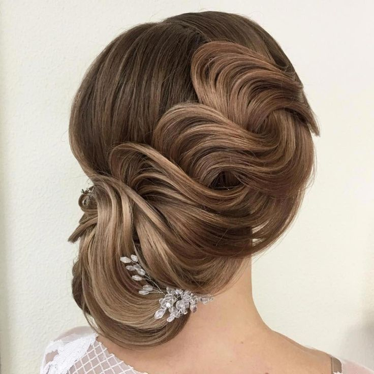 Pinups Hairstyles is Amazing Hairstyle For Beautiful Girls Who Wanna Enjoy The Day Of Life its Awesome. #hairstylesforshorthair #hairstylesforwomen #h...
