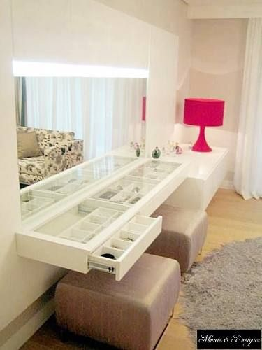 penteadeira com tampo de vidro / Modern Vanity with glass top and drawers for all your organizational needs