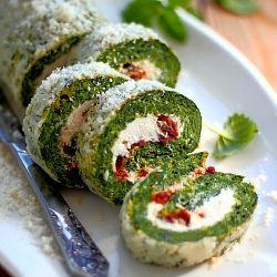 Spinach roll - delicious, fragrant and easy to prepare (use spanikopita recipe) Yum