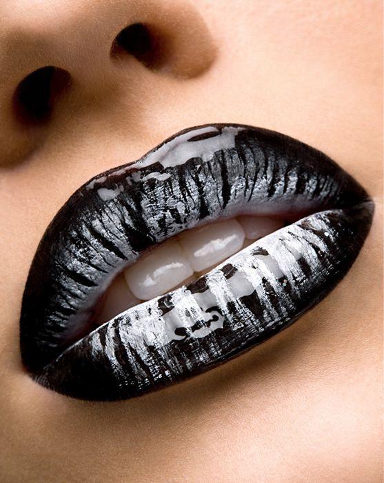 black white duel tone lips: Colors Makeup, Dramatic Makeup, Black Lipstick, Black And White, Gothic Makeup, Makeup Lips, Black White, Dark Lips, Editorial Photography