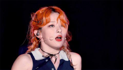 [enter-talk] RED VELVET SEULGI BITING HER LIPS WHEN SHE WAS DANCINGㄷㄷㄷㄷ ~ pann좋아!