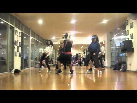 Clases de #Reggaeton nivel Intermedio con Chris Yam.   Solo en el la mejor escuela de Baile en Guadalajara  Inscripcion $0 y $450 MXN al mes.  http://www.tudanzza.com.mx