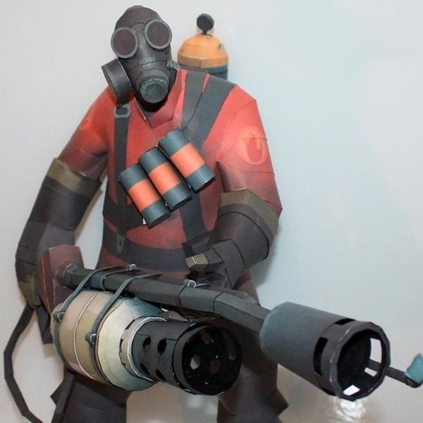 Team Fortress 2 Pyro Paper Craft | Cool things to buy ...