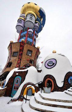"""""""1001 Nacht"""" in Niederbayern: Hundertwasserturm öffnet – Yeffs Roscher"""