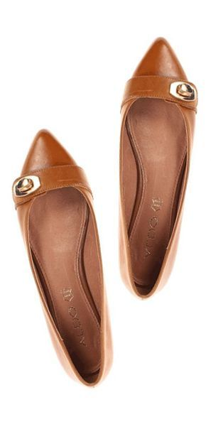 Guvon Hotels & Spas love these for summer! Pointy toe flats? Yes, please!