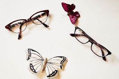 Makeup By Meggy: Makeup Tips for Glasses Wearers  How to style your makeup if you wear glasses.