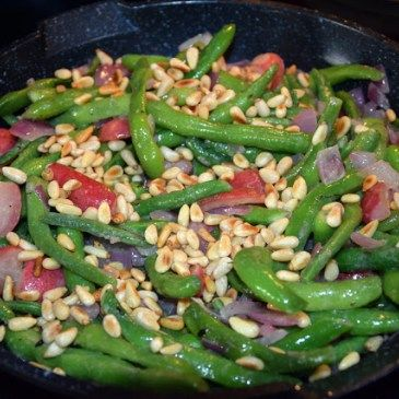 Green Beans with Sauteed Radishes Tutorial