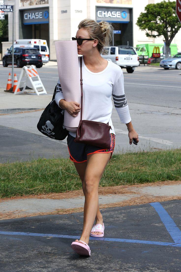 Kaley Cuoco going to Yoga Class in LA 5/23/16