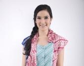 color your world kind of clothing by one of my favorite seller at www.berbatik.com:  Batik Tanpa Nama