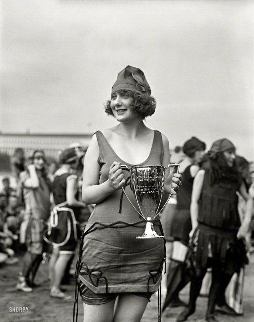 Best Swimsuit: 1922