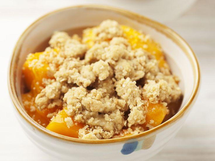 Mango-Crumble - smarter - Kalorien: 665 Kcal - Zeit: 20 Min. | eatsmarter.de