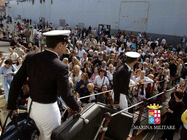 Accademia Navale - Ritorno da una campagna addestrativa