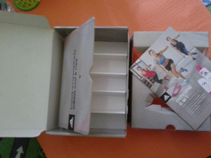 Z cudownej paczki, pełnej fantastycznych antyperspirantów zostało już tylko pudełko https://www.facebook.com/photo.php?fbid=531836330281370&set=o.145945315936&type=1