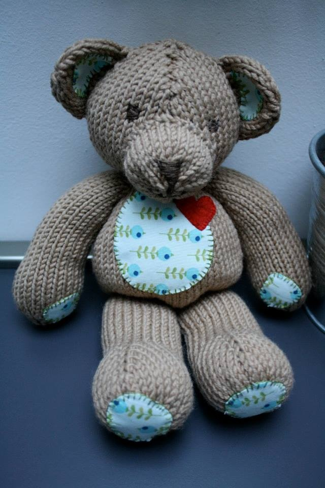 knitted teddy #1
