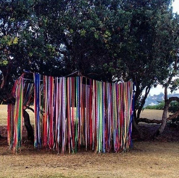 Outside play area - ribbon walls!