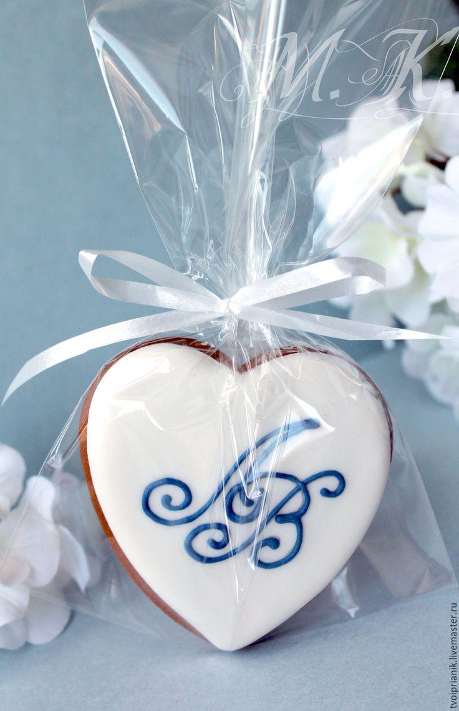 """Купить """"Сердечко с инициалами"""" - комбинированный, пряник на свадьбу, свадебные подарки, свадьба, имбирные пряники"""