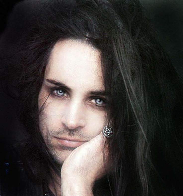 Carl MCoy - Fields of the Nephilim  yep these eyes