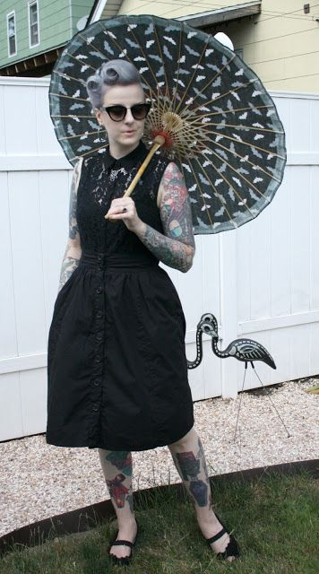 Coffin Kitsch: A Few Days with Fancy Hair #goth #summer #batparasol #outfit…