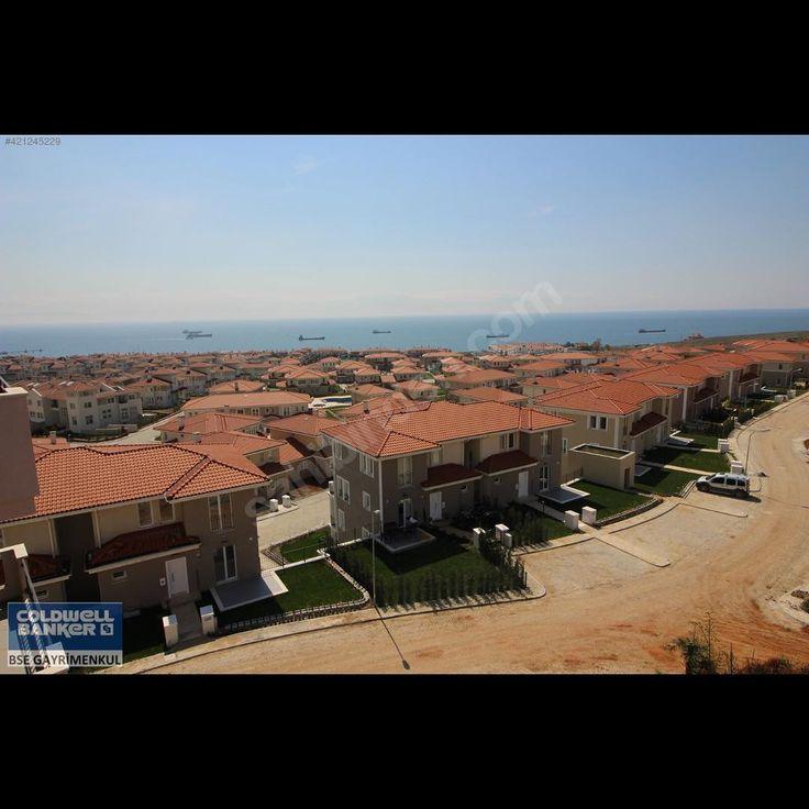 Beylikdüzü deniz İstanbul kalyon mahallesinde satılık kiralık villa ve apartman daireleri deniz manzaralı ikiz villa , katlı villa , F tip müstakil villa , G tip müstakil villalar satıştadır #istanbul #beylikdüzü #bahçe #havuz #satılıkvilla #forsale #beylikdüzümarina #westmarine http://turkrazzi.com/ipost/1523420860358009085/?code=BUkRzN5DyD9