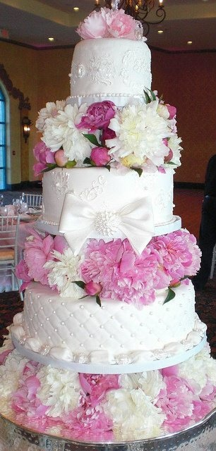 Jeweled Wedding Cakes  Tier Heart Shaped
