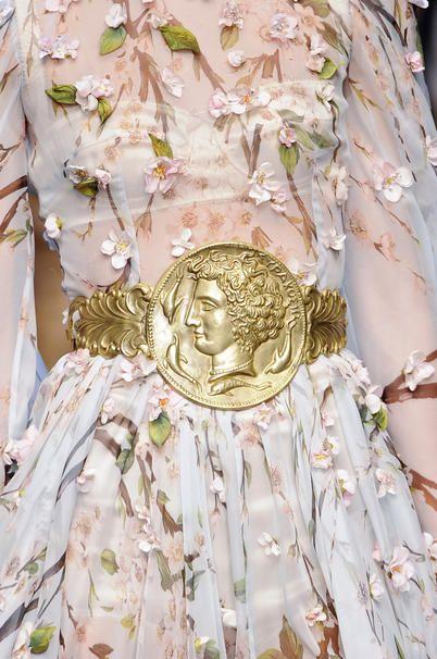 Maxi cintura in metallo dorato Dolce & Gabbana
