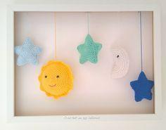 Crochet en 80 labores: Cuadro con sol, estrellas y luna de ganchillo