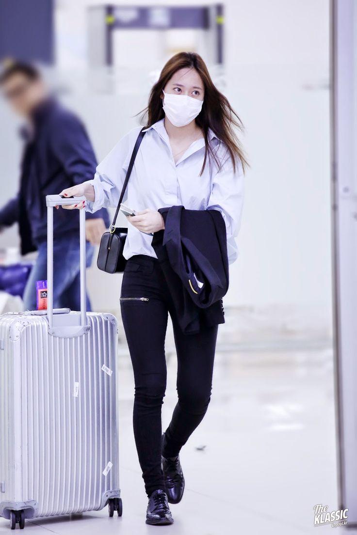 "[PICS] 150417 At Incheon Airport (fantaken HQ) - Krystal | DearKrystal.net - f(x) Krystal International Fansite ""Shine Bright Like A Krystal"""