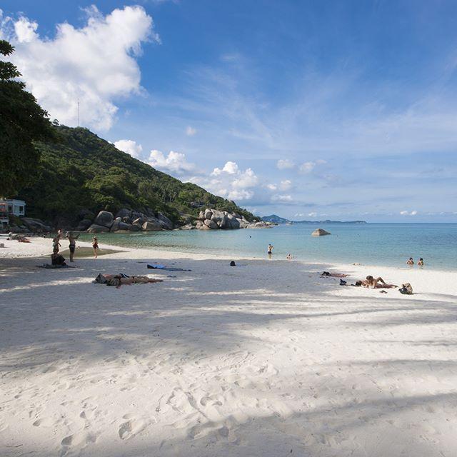 Cette image de la très jolie Silver Beach à Koh Samui marque une pause temporaire dans cette série thaïlandaise... Mais pour la bonne cause! Je viens d'atterrir sur Tahiti, en Polynésie Française 😍 Je réserve donc dès aujourd'hui ma petite photo du jour à des instantanés du milieu du Pacifique. ~~ #amazingthailand #thailand_ig #thailandtrip #tourismthailand #thailandismagic #thailand_ig #thailandinsider #Thailande #travelstoke #justgoshoot #passionpassport #theculturetrip #worlderlust…